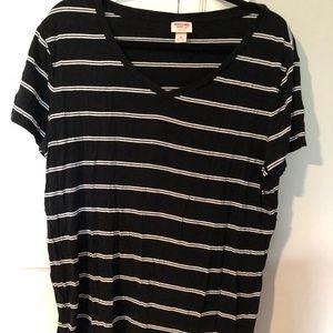 Mossimo V Neck Tee shirt (Black and White)
